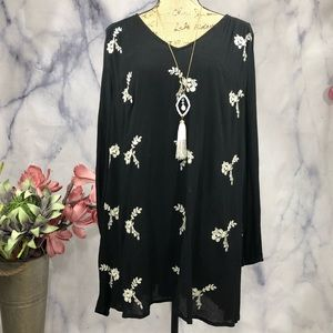 Entro Floral Embroidered Sexy Back Swing Dress
